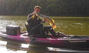 coffret cadeau pêche kayak à  pédales 7