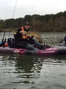 coffret cadeau pêche en kayak à pédales 3